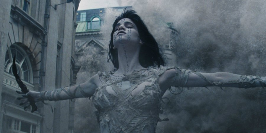 The-Mummy-2017-with-Sofia-Boutella