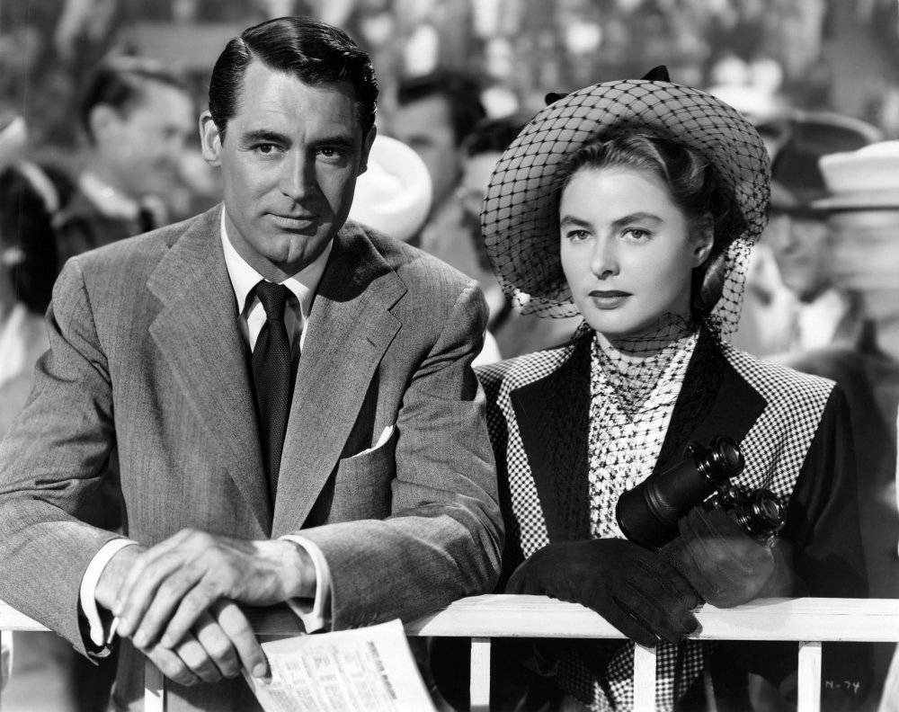 notorious-1946-006-cary-grant-ingrid-bergman-at-races-00n-kpp.jpg