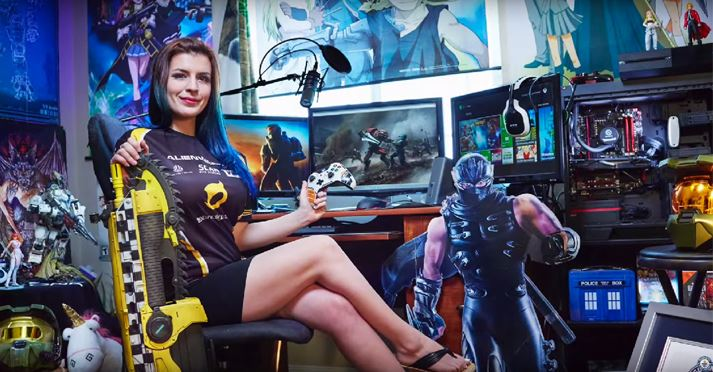 "Katherine-""Mystique""-Gunn-Top-Most-Popular-Highest-Paid-Female-Gamers-In-The-World-2018.jpg"